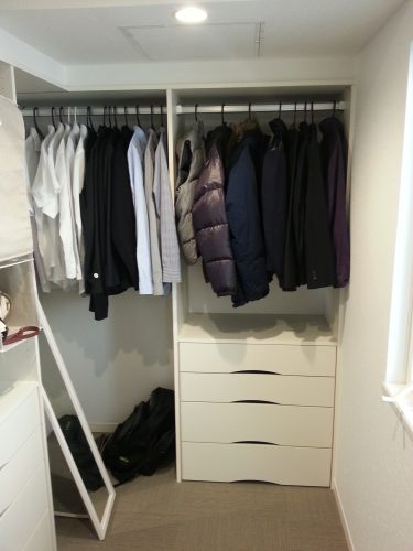 zoku-closet-seiri1