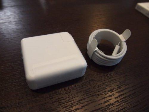 MacBookPro2016-10