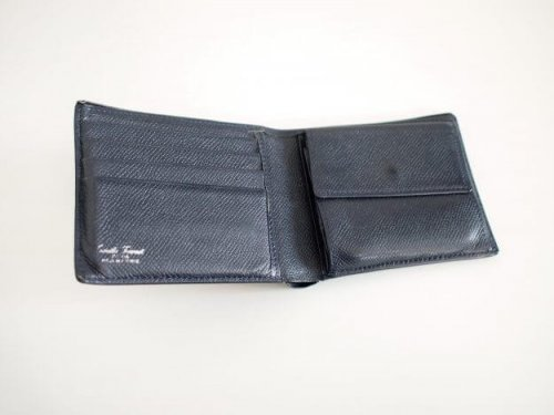 camille-fournet-wallet-2