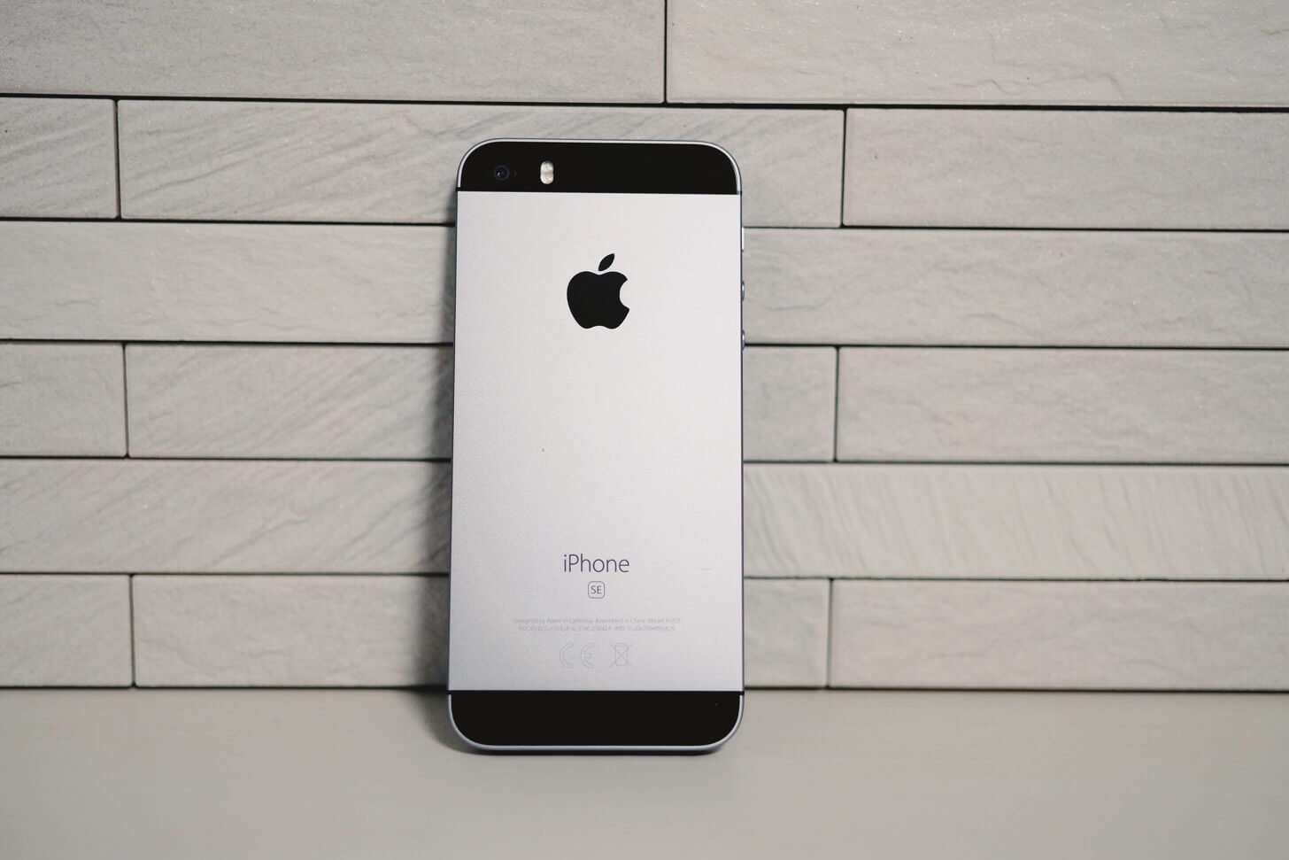 iPhone-SE-6