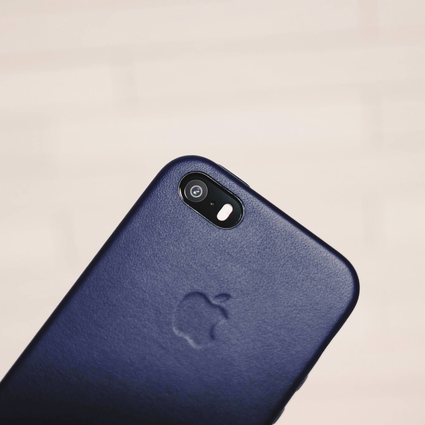 iPhone-SE-case-8