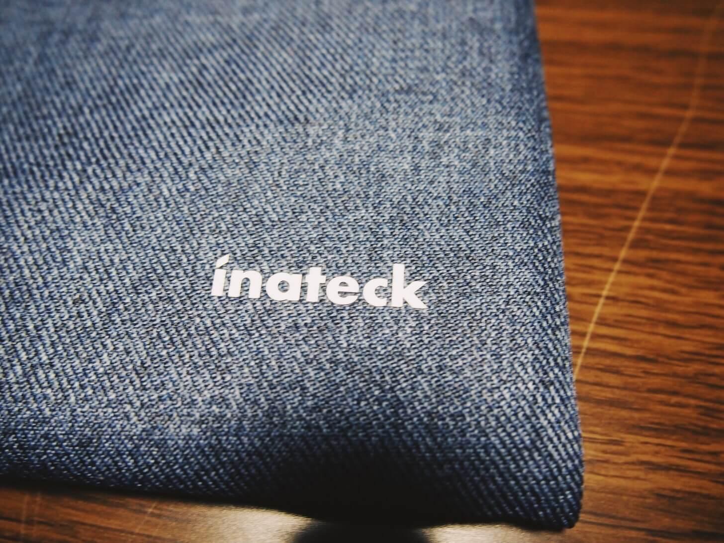 Inateckの15インチラップトップスリーブケース