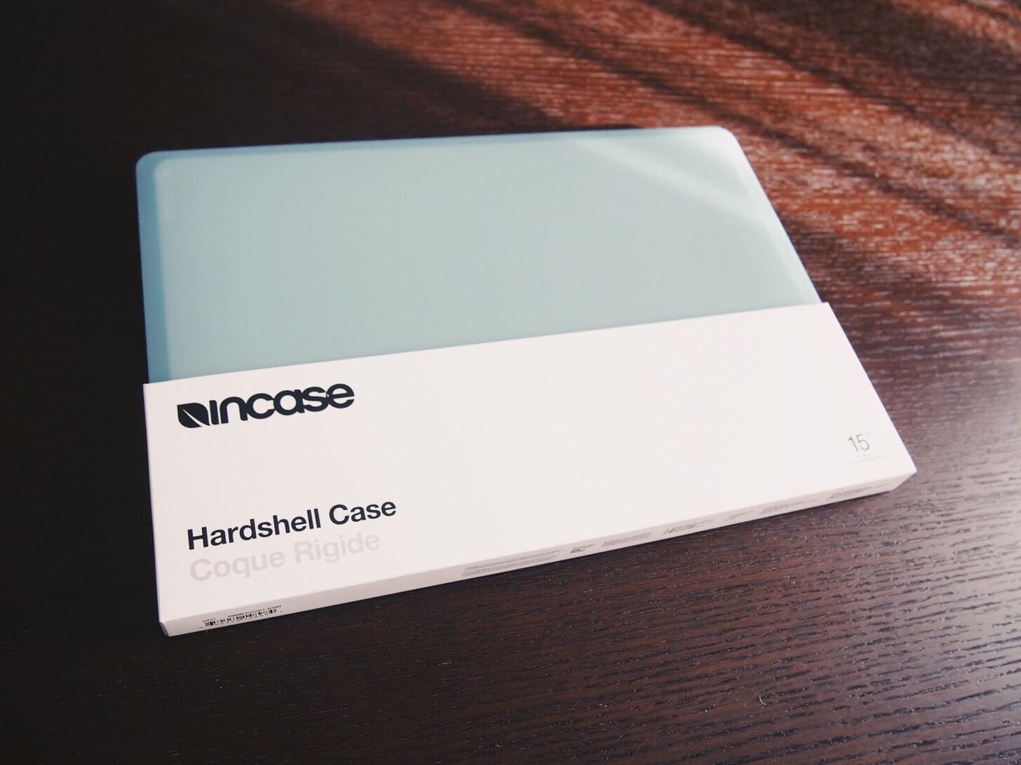 MacBookのハードシェルケース-1