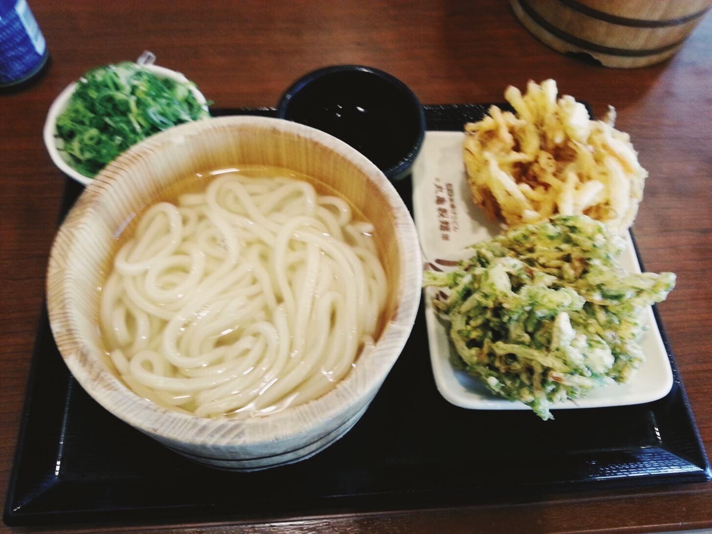 丸亀製麺の釜揚げうどん-2