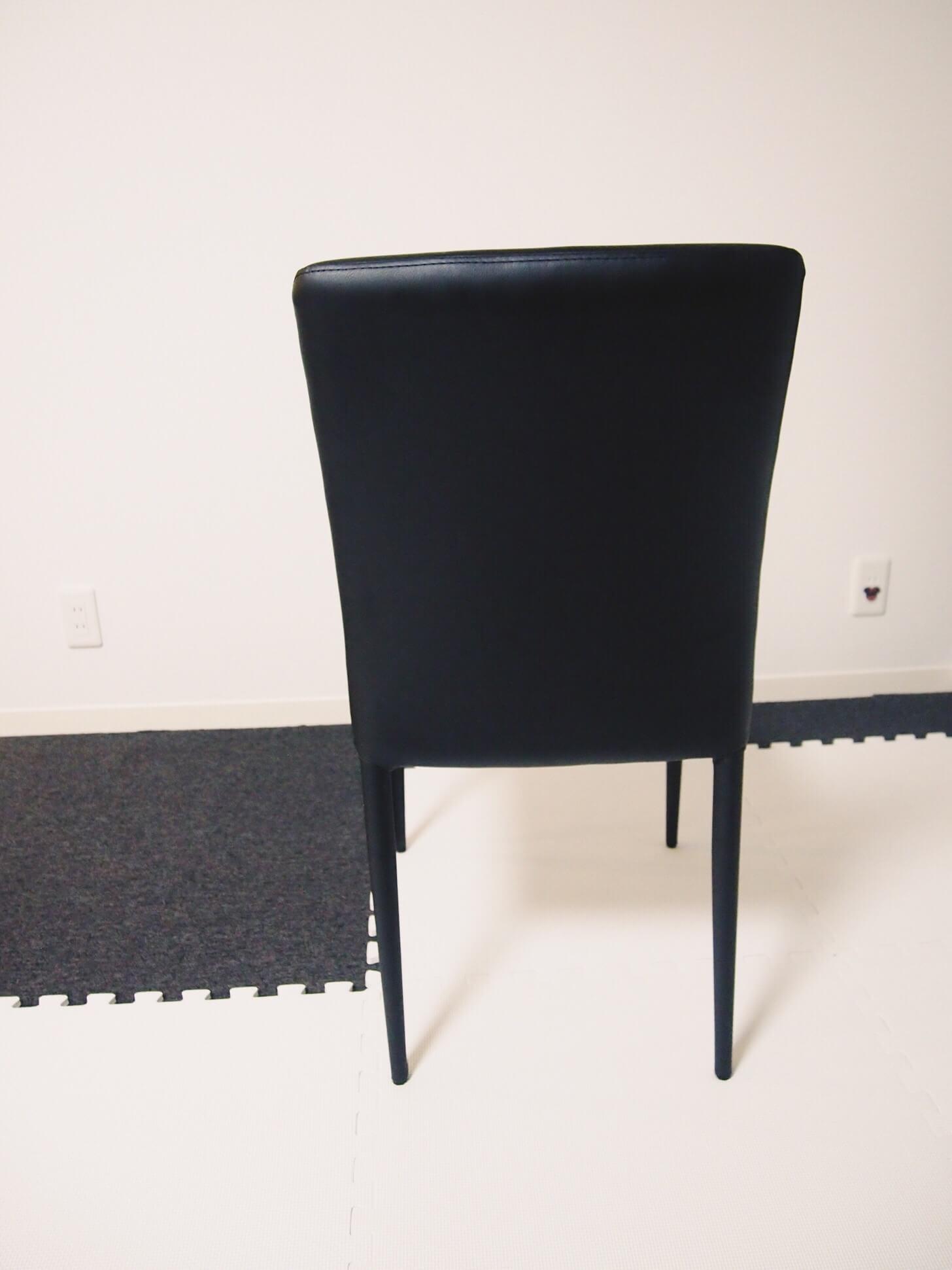 モーダエンカーサの椅子-4